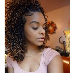"""6,133 mentions J'aime, 47 commentaires - Chelli's Curls (@chelliscurls) sur Instagram : """"Go to my previous post to see how I achieved this style . . . . . #chelliscurls…"""""""
