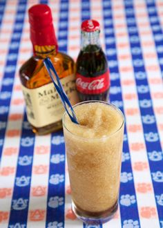 Tailgating this weekend? Cool off with this Frozen Bourbon & Coke! Refreshing Cocktails, Fun Cocktails, Party Drinks, Fun Drinks, Yummy Drinks, Cocktail Recipes, Tailgate Food, Tailgating, Cocktail Shots