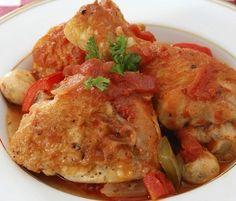Healthier Chicken Cacciatore: 270 calories, 10 g fat, 31 g protein