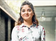 Zaira Wasim who first set foot in Bollywood with Aamir Khan starter Dangal has now after 5 years in the industry called it quits. The actor has confessed that she is not happy with her line of work. Bollywood Updates, Bollywood News, Zaira Wasim, Girls Dresses Sewing, Taapsee Pannu, Disha Patani, Photo Story, Priyanka Chopra, In Hollywood