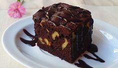 Receta: brownie de chocolate con nueces: http://www.cosmopolitantv.es/noticias/9740/receta-brownie-de-chocolate-con-nueces