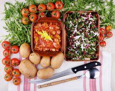 Stew with leeks, celery and passata. Gulasz pomidorowy z porem i selerem  #wege #vegefood #wegetariańskie #stewvege #italianfood