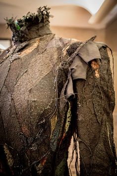 Elphaba Thropp 's Act II Dress - Wicked The Musical. so much detail gets put into costumes it's wonderful