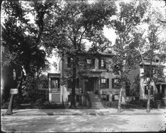 C. Thompkins-MacFarland house 610 E. Grace, 1922