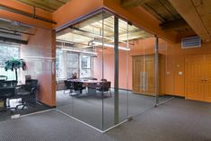 Cool Office Meeting Space Shows Their Unique Designs Ideas. Conference Room Design, Conference Room Chairs, Office Meeting, Meeting Rooms, Room Inspiration, Design Inspiration, Design Ideas, Space Shows, Arch Interior