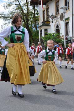 Gauder Fest 2012 - Trachtlerjugend #Austria #Österreich #Tracht #Trachten #Dirndl