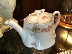 Vintage Teapot  $30  Rubbish Designer Vintage Finds Dealer #3501  Lucas Street Antique Mall 2023 Lucas Dr. Dallas, TX 75219  Like us on Facebook: https://www.facebook.com/pages/Rubbish-Desi