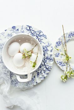 White Heirloom Eggs on Vintage Plate | Flickr: Intercambio de fotos-- collect a mismatched china set in a color pattern like blue/white