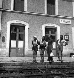 La gare de Carlux. 1937. Robert Doisneau.