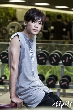 Post work out, Park Hyung Sik is a sweaty manly man.