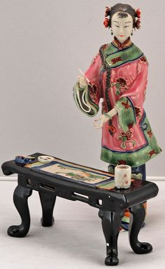 -porcelain-chinese-collectible-figurine, via Flickr.