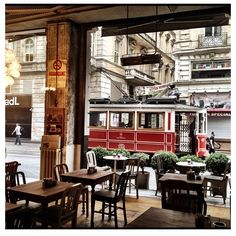 Istiklal Avenue from a cafeteria, Istanbul, Turkey. Places Around The World, Travel Around The World, Around The Worlds, Beautiful Places To Visit, Wonderful Places, Capadocia, Adventures Abroad, Cafe House, Chula