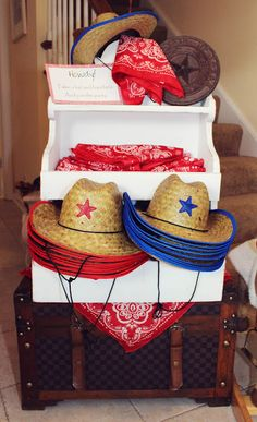 Love this idea! Hat and bandana for everyone!