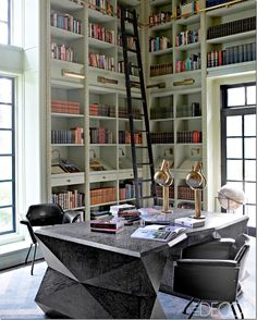 Seen in Elle Décor, this library has to be one of the most incredible ones I've seen in years.  Of course it was designed by Kelly Wearstler, who else?  ..