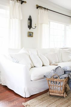 Brilliant 21 Best White Couch Decor Images Living Room Decor Living Gmtry Best Dining Table And Chair Ideas Images Gmtryco