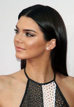 Team Kardashian-Jenner na gali 2014 American Music Awards Makeup Inspiration, Makeup Inspo, Beauty Makeup, Eye Makeup, Hair Beauty, Ball Makeup, Prom Makeup, Wedding Makeup, Kendall Jenner Makeup