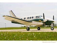 Beechcraft King Air 90 Series    http://www.trade-a-plane.com/search?s-type=aircraft==Beechcraft_group=King+Air+90+Series_size=25=1=4=0