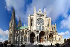 Южная часть поперечного нефа Шартрского собора (Франция)