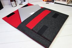 Macbook Pro sleeve, Macbook Retina case, 15 inch laptop case, felt laptop sleeve, Red laptop case, Felt Macbook sleeve, Unique gifts