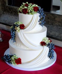 Love the idea, and the draping. Could the fondant draping be put on a buttercream frosting? Fourth of July wedding Amazing Wedding Cakes, Amazing Cakes, Blueberry Wedding, Wedding Cake Fresh Flowers, July Wedding, Vineyard Wedding, Creative Cakes, Beautiful Cakes, Fourth Of July