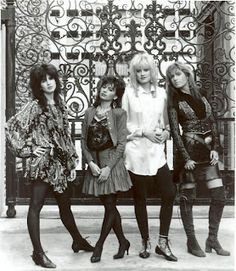 The Bangles' Vicki Peterson talks about the band's fresh new album and why their live show may surprise you Susanna Hoffs, The Bangles Band, Vicki Peterson, Michael Steele, Women Of Rock, Pop Rock Bands, Latest Albums, Vintage Boots, Types Of Music