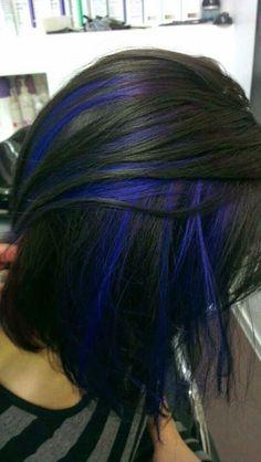 Blue-Highlighted-Black-Bob-Hairstyle.jpg (541×960)
