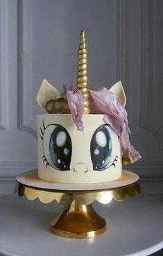 Unicorn Head Cake, Unicorn Cake Design, Unicorn Cake Topper, Unicorn Cakes, Pretty Cakes, Cute Cakes, Cake Icing Tips, 13 Birthday Cake, Girly Cakes