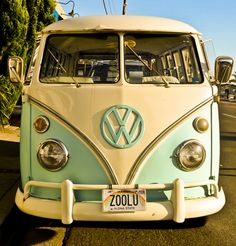 I want this van! In this color...and in California wouldn't be so bad, either