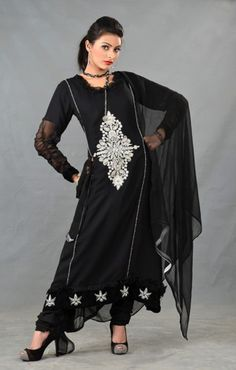 Buy Pakistani Designer Party Dresses Online – We provide the high quality Designer Party Wear Suits Online in USA, UK and Canada. Designer Party Dresses, Party Dresses Online, Party Wear Dresses, Party Dresses For Women, Casual Dresses, Girls Dresses, Latest Pakistani Dresses, Pakistani Designers, Party Fashion