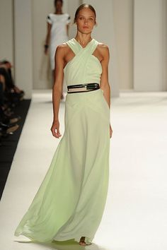 Carolina Herrera Spring 2012 Mint Gown