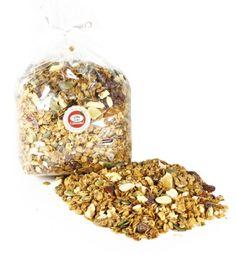 Musli granola 250 g NOWOŚĆ ! Chrupiące płatki owsiane prażone z masłem i miodem. Dodatki: papaja, rodzynki, morela, ananas, żurawina suszona, dynia, blanszowane migdały. Pyszna chrupiąca propozycja, pożywna ale przede wszystkim wyjątkowo dobra!