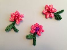 New FLOWER Charms with stem and LEAF Rainbow Loom For Mother's Day tutorial by Looming with Cheryl.