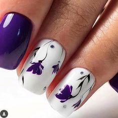 Ongles Gel Violet, Nail Art Violet, Purple Nail Art, Purple Nails With Design, Purple Nail Designs, Flower Nail Designs, Flower Nail Art, Nail Designs Spring, Nail Flowers