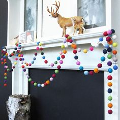 Felted ball garland (could use pompoms). Noel Christmas, Little Christmas, All Things Christmas, Winter Christmas, Holiday Crafts, Holiday Fun, Festive, Felt Ball Garland, Navidad Diy
