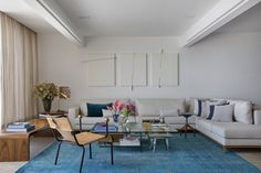 blue rug and neutral tones