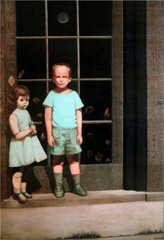 """'The Hands Resist Him' ('Las manos lo resisten') fue pintado por el artista estadounidense Bill Stoneham en 1972. El cuadro se hizo popular después de que en 2000 fuera expuesto en eBay acompañado por una leyenda urbana según la cual es una pintura """"con fantasmas"""". El artista, sin embargo, explica que el protagonista del cuadro está inspirado en una imagen suya a los cinco años. Mientras que la puerta representa la línea que divide el mundo real del de la fantasía y lo imposible; la muñeca…"""