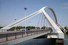 Puente de la barqueta, Seville