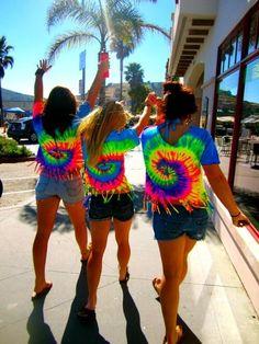 Summer Tie-Dye: I cannot wait for summer so I can tye-dye shirts Tye Dye, Tye And Dye, How To Tie Dye, How To Wear, How To Make, Tie Dye Shirts, Pink Summer, Summer Of Love, Summer Icon