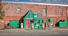 Get Your Kicks on Route 66, Conoco Station, Kansas