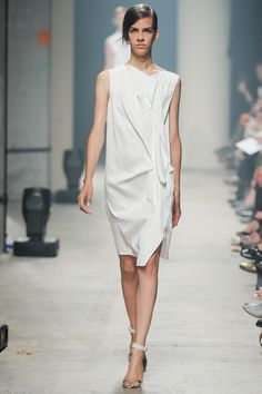 Maison Rabih Kayrouz Spring 2014 Ready-to-Wear Collection // Style.com