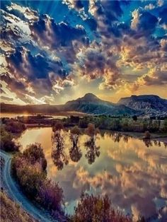 Mountain,water,reflection,nature,beauty uploaded by alohacolette Amazing Photography, Landscape Photography, Nature Photography, Beautiful Sunset, Beautiful Places, Wonderful Places, Nature Wallpaper, Nature Pictures, Amazing Nature Photos