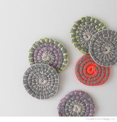 How to make fabric coil coasters - via the red thread