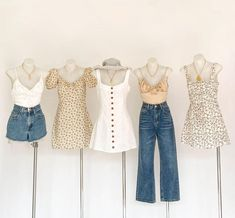 There are 3 tips to buy dress. Teen Fashion Outfits, Girly Outfits, Cute Casual Outfits, Cute Fashion, Look Fashion, Pretty Outfits, Stylish Outfits, Summer Outfits, Aesthetic Fashion