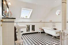 Essenze wall tiles / Retro floortiles / TriBeCa basin / Astoria bath, Jahnsensvej Gentofte by AQUADOMO