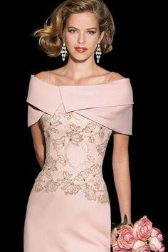 Collection of Teresa Ripoll 2014 Godmother dress made in chantilly with the silk organza base . Mother Of Bride Outfits, Mother Of Groom Dresses, Mothers Dresses, Mother Of The Bride, Mob Dresses, Fashion Dresses, Bridesmaid Dresses, Formal Dresses, Elegant Dresses