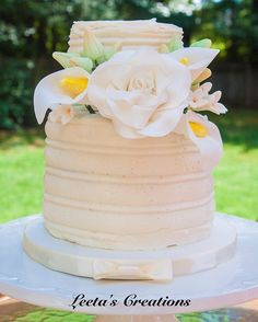 Fresh off our instagram feed: We have added a new package for Small Wedding Cakes! This is for small weddings, courthouse weddings, elopement, etc. Each cake serves under 20 guests. So for those of you having a small wedding and are in need of a cake please send me an email at leetascreations@g... for details! All other pricing and details can also be found on my website www.leetascreatio... under small wedding cakes!atlantacustomcakes,weddingplanning,atlantaweddings,weddingcake,georgi...
