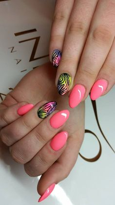 by Paulina Junger Indigo Nails Lab - Find more Inspiration at www.indigo-nails.com #Nail #Nailsart #pink