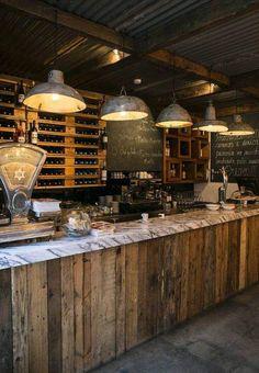 Bar vieux bois - marbre - vieilles tôles