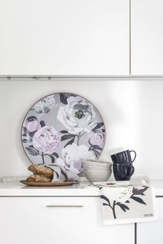 Designed by Liina Harju, sophisticated Pioni (Peony) tray reminds us of voluptuous summer gardens. 41 cm in diameter, this tray is made of laminated willow plywood. Spring Home, Summer Garden, Peony, Tray, Colours, Classic, Kitchen, Flowers, Pattern