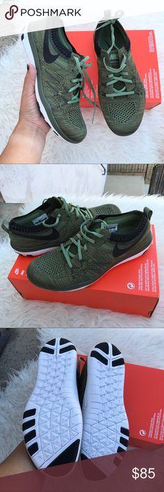 Nike women's authentic flyknits sz 7 & 7.5 new Nike women's authentic flyknits sz 7 & 7.5 new box is missing lid 100% authentic itemcloset#cuafi Nike Shoes